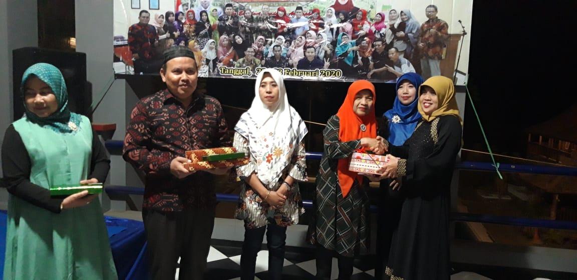 FAMILY GATHERING SMP NEGERI 1 TUBAN
